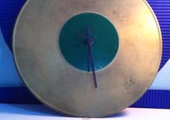 Cómo hacer un reloj con un CD o un DVD reciclado | Kreakawa