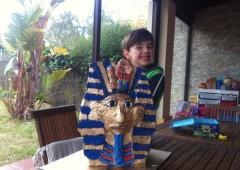 Cómo hacer la máscara de Tutankamón con papel y cartón | Kreakawa