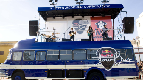 ¿Quieres tocar en el Red Bull Tour Bus – Indomesticables 2012? | Musikawa