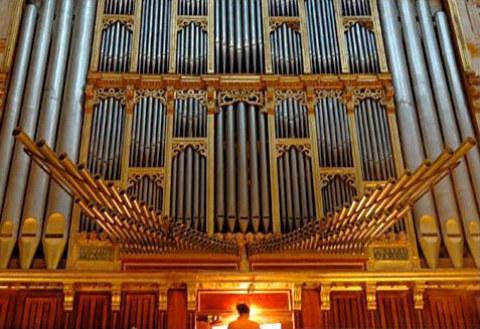 Construcción del órgano de tubos [video] + canal con construcción de instrumentos   Musikawa