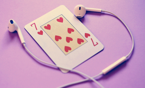 Music as a weapong for the Poker Player
